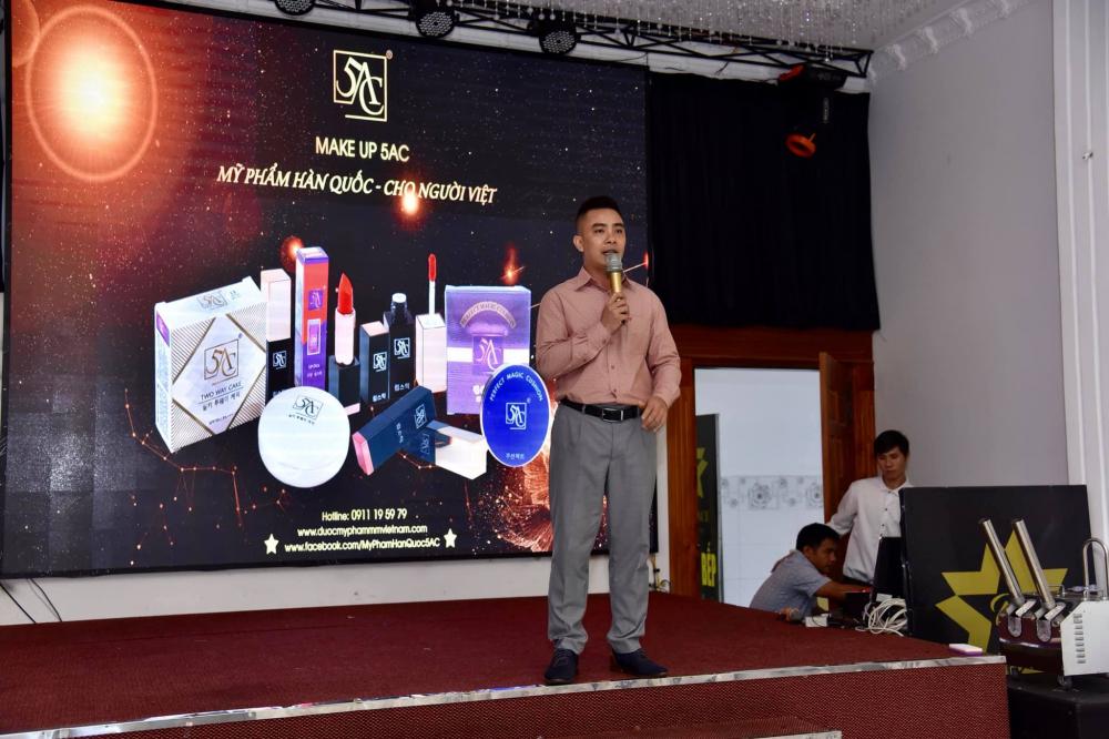 Ông Lê Văn Khương phát biểu về chương trình đào tạo